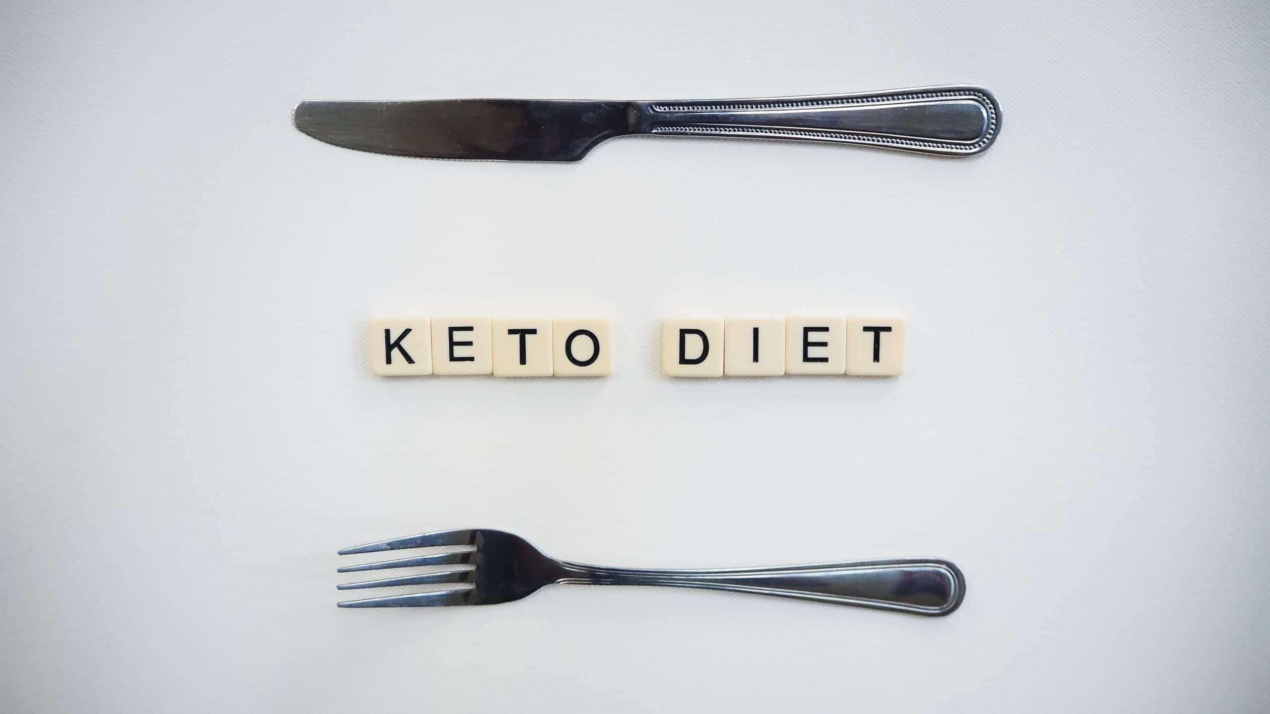 fork and knife with words in the middle stating keto diet